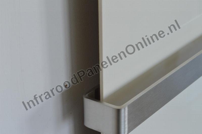Verwarming Badkamer Watt : Infrarood keramiek badkamer verwarming met handdoekbeugel crème